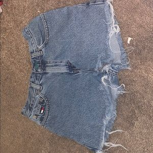 VTG  Tommy Hilfiger denim shorts / size small